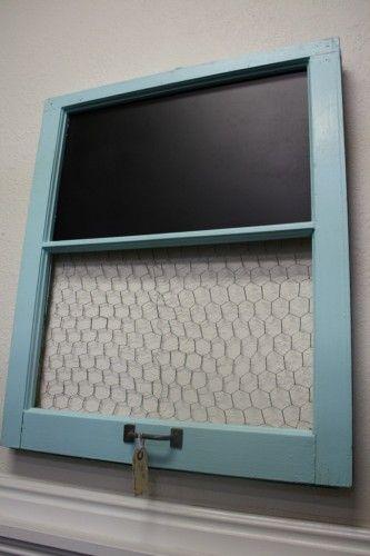 upcycled window frame chalkboard #diy #chalkboard #chickenwire #window