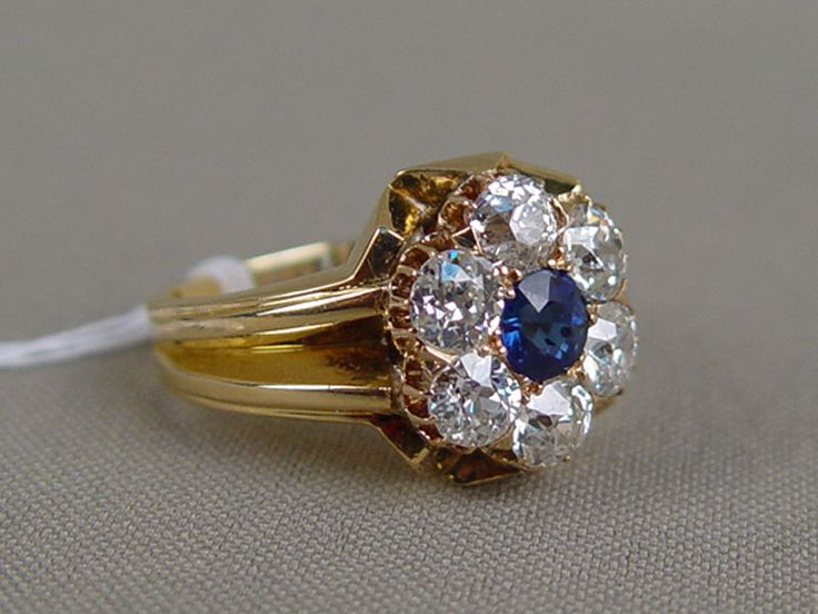 Антиквариат. антикварное золотое Кольцо, старинное золото. бриллиант. сапфир. антикварные ювелирные украшения
