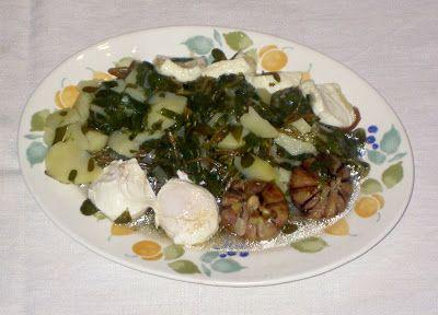 Sopa de Beldroegas com Queijo http://outrascomidas.blogspot.pt/2008/06/sopa-de-beldroegas-com-queijo.html
