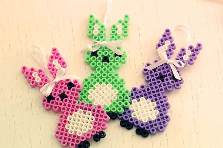 Påskharar av pärlplattor - Easter bunny - HamaPearls