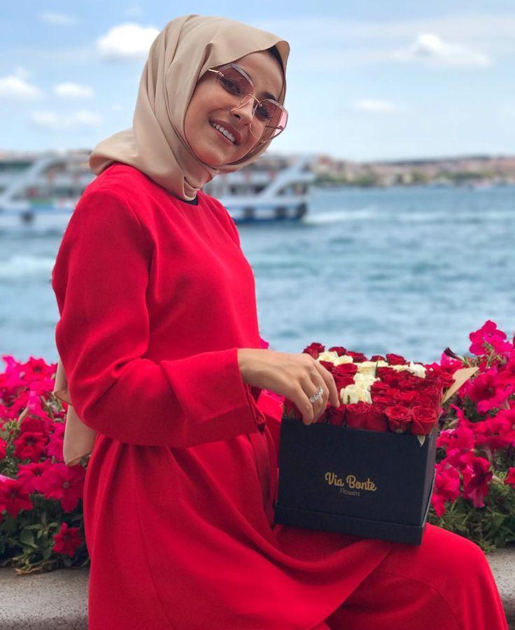 """4,354 Likes, 11 Comments - Şüheda Türkoğlu (@suhedaaat) on Instagram: """"Sena'ya ne yazayım diye soruyorum benimle dalga geçiyor şuanda Kot gömlek alacaksınız biliyorum,…"""""""