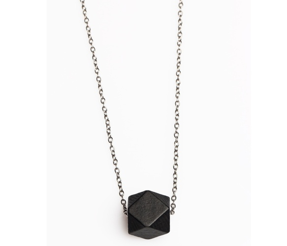 Black basin necklace.: Beaut Fashion, Beads N Such, Clothes Accessories, Black Basin, Chains, Basin Necklaces, Bohemien Accessories, Black Wooden, Wooden Facades