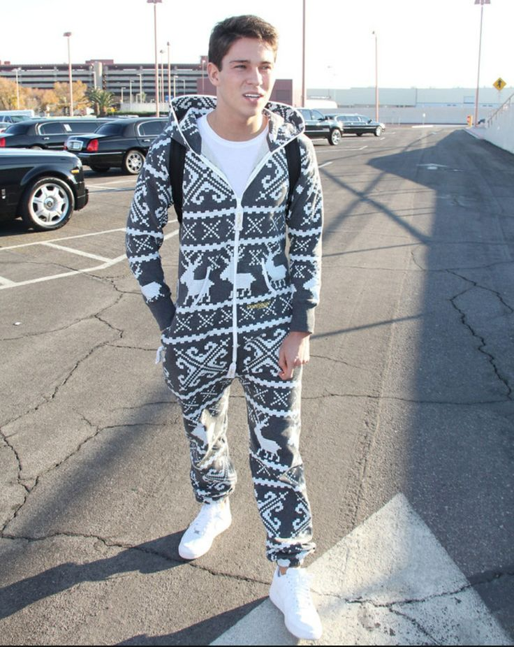 Joey rocking his onsie !