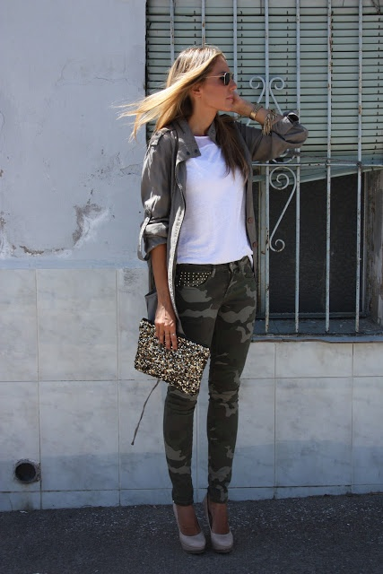 Skinny camo print pants, olive military jacket, white shirt, taupe pumps