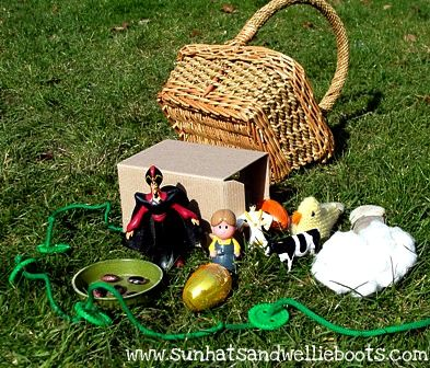 Jack and the Beanstalk Imaginative Play; LOVE the whole idea of story baskets, could do with so many