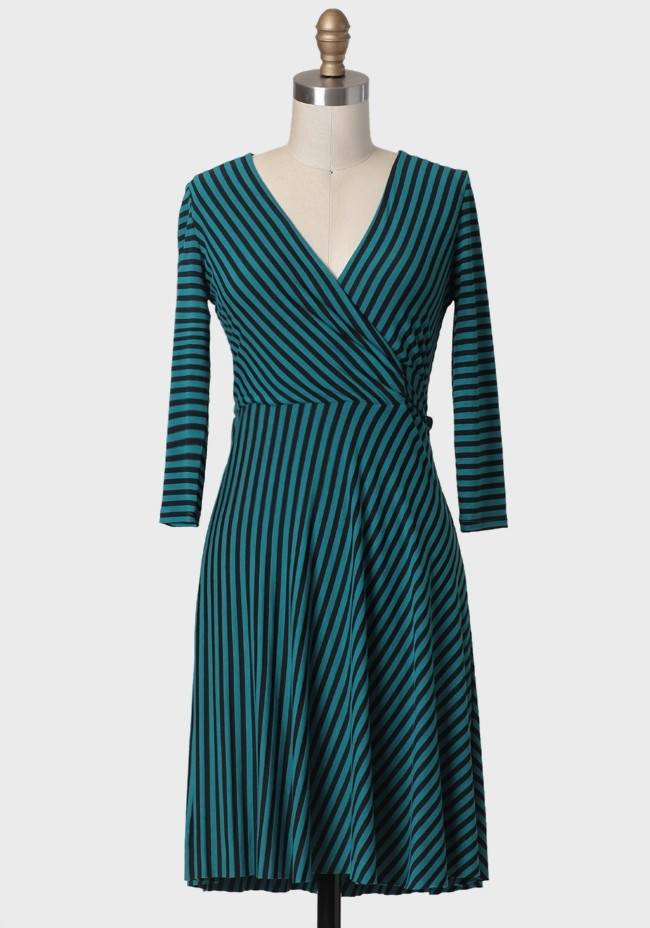 Gala Viewing Striped Dress42 50 Gala, Ruched, Vintage Dresses, Cute Dresses, Black Flats, Black Stripes, View Stripes, Stripes Dresses, Gala View