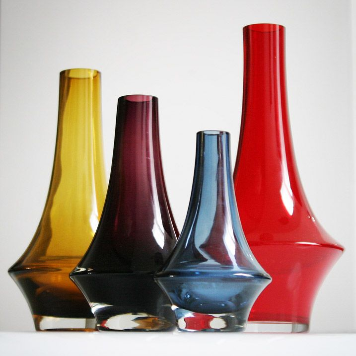 Vases 1379 by Erkkitapio Siiroinen for Riihimaki, 1970s. (28, 25, 20 and 15 cm)