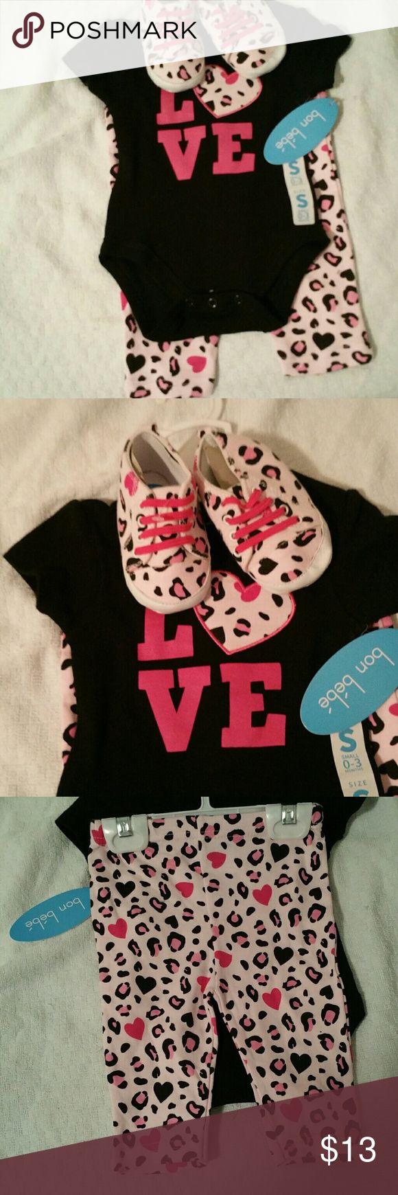BNWT 3 pc Cheetah Outfit Short Sleeve Onsie, Pants & Shoes Bon Bebe Matching Sets