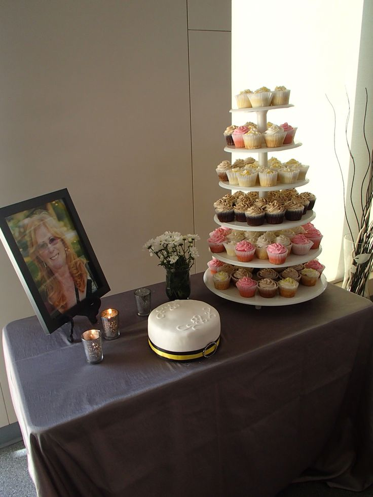 cupcakes wedding cake stands 78 images about cakes on wilton cakes 13151