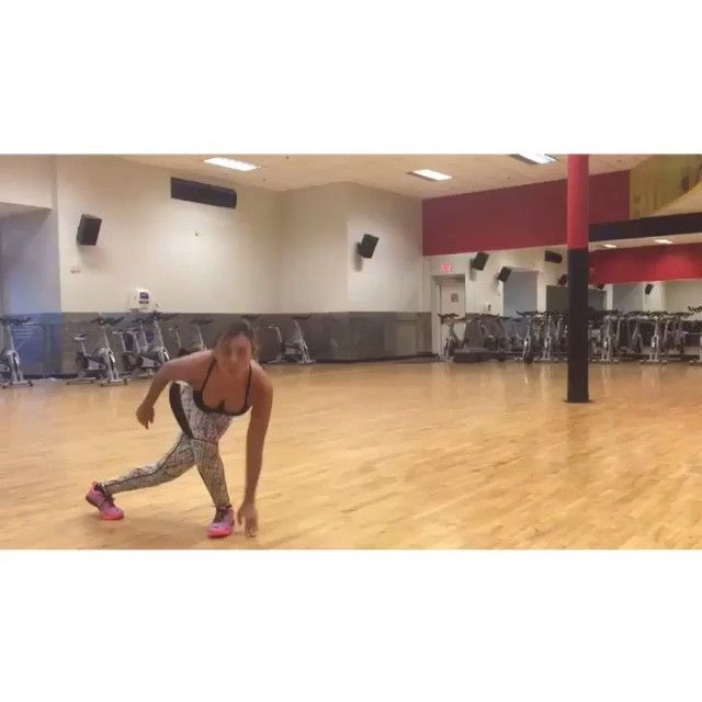 Fat burning leg work out  5 rounds 20 sec rest 1 min each round.