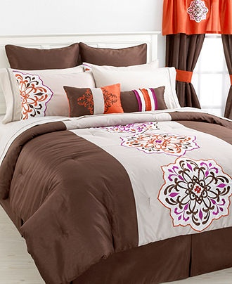 aveline 24 piece king comforter set bed in a bag bed bath macy 39 s something different. Black Bedroom Furniture Sets. Home Design Ideas