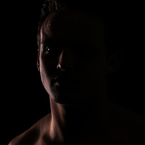 Working on Black of Rim light. & 18 best Rim lighting images on Pinterest | Photography Black and ... azcodes.com