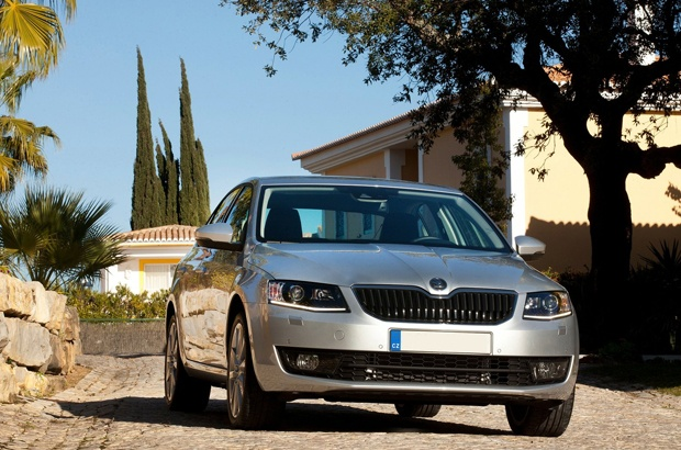 Škoda Octavia  http://www.skoda-versailles.com/vehicules-neufs-skoda/skoda-octavia