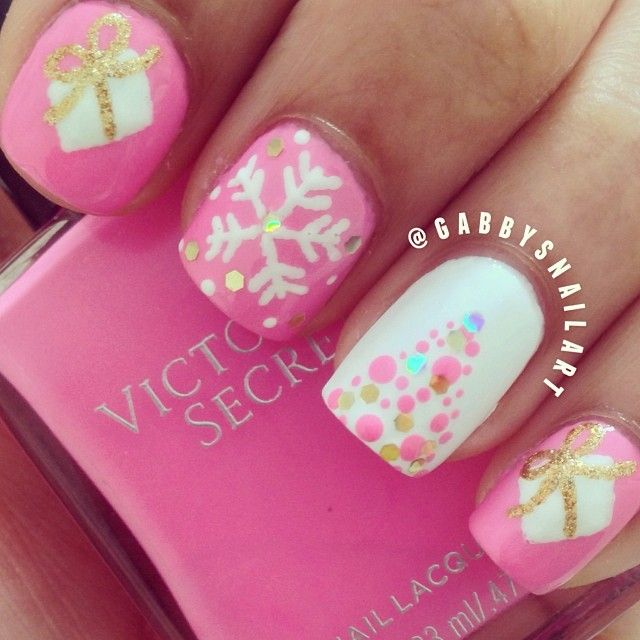 Instagram media by gabbysnailart - Pink Christmas nails, most likely my last christmas design for the year