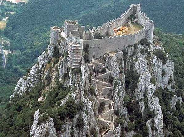 Château de Puilaurens 11140 Lapradelle-Puilaurens Languedoc