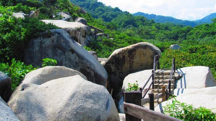 Sendero del Parque Nacional Natural  Tayrona