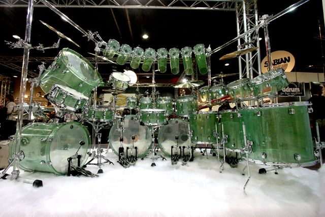 I think one of my friends would be in love with this drum set...................