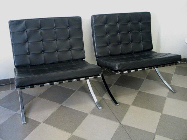 """""""Barcelona Chair"""" von Mies van der Rohe für Knoll International in schwarzem Leder"""