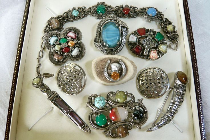 VINTAGE JEWELLERY MIXED LOT SCOTTISH AGATE BROOCHES BRACELET INC MIRACLE  | eBay