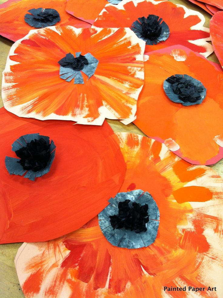 My First Grade students created these Wonderfully AwesomePoppies inspired by Miss Georgia herself.  The students first looked at the colors found in the poppies painting then started right aw…
