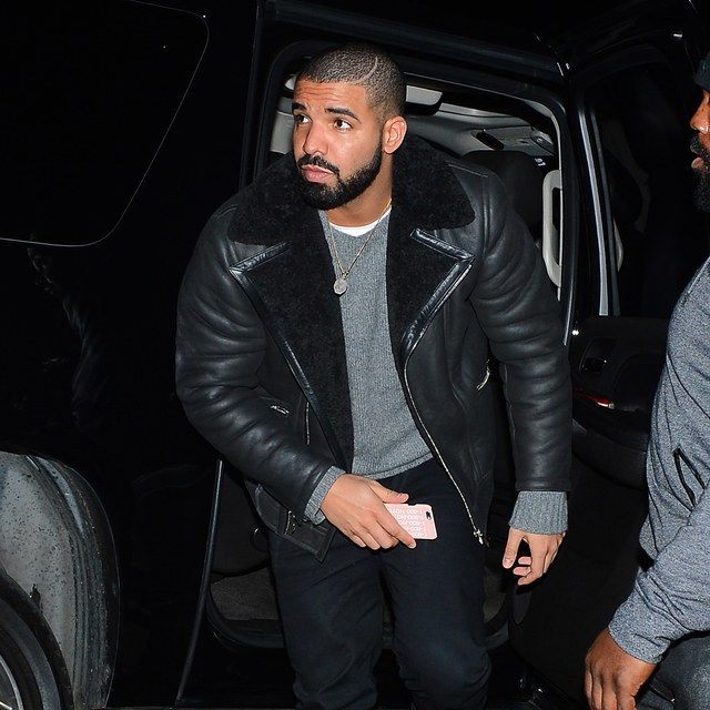 Drake's Winter Clubbing Outfit Is Next-Level Cozy | GQ