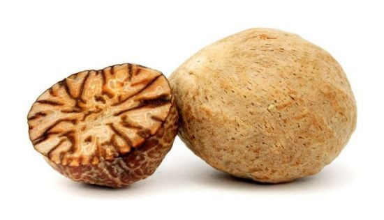 Health Benefits of Nutmeg Essential Oil--Includes folk remedy information, usage, and safety information. | Organic Facts.