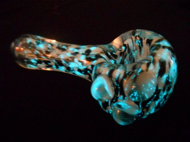 Glow in the Dark Pipe, Glass Pipe, Glass Pipes, Black Light, Tobacco Pipe, Smoking Pipe, Glow Pipe, Unique Pipes, Girly Pipes, Cool Pipe by KindGlass on Etsy https://www.etsy.com/listing/199552836/glow-in-the-dark-pipe-glass-pipe-glass