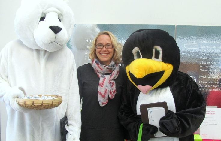 Ilmastoninfon Mira ja Kepan uhanalaiset eläimet Isossa Pajassa 14.3.2013, Pallo kuumenee -seminaarin tiimoilta.