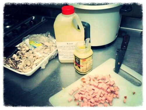 Tortilla de claras de huevo con ghee (mantequilla clarificada) jamón de pavo y champiñones (en proceso....)