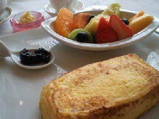Hotel Okura, best french toast in the world !