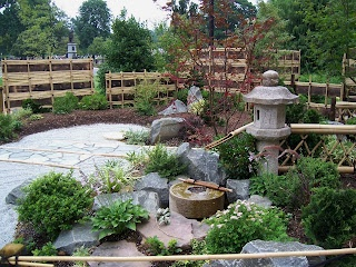 17 best images about japanese patio ideas on pinterest for Japanese themed garden