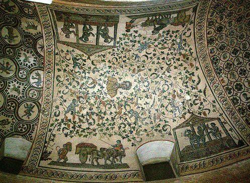 Mosaico nel mausoleo di S.Costanza dove si può vedere il ritratto di Costantina e attorno la raffigurazione la vendemmia, da intendere allegoricamente come il sacrifico del sangue di Cristo.