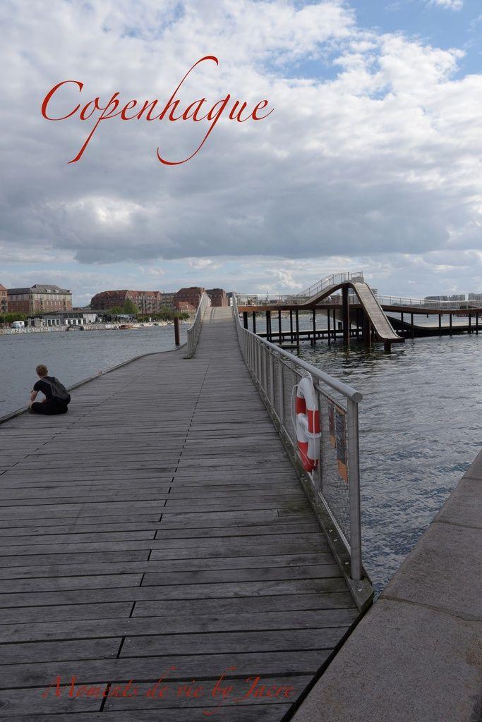 Bonjour. Voici enfin l'arrivée à Copenhague en danois Kobenhavn, est la capitale et la plus grande ville du Danemark. Nous nous sommes posés sur le Bellahoj camping , certes pas terrible mais l'accueil y est très sympathique et ce camping (pour camping...