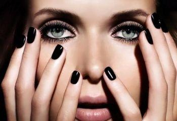 Черный лак для ногтей: делаем аккуратный маникюр