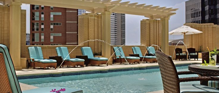 Discover a fountain of fun at the rooftop pool and terrace at The Ritz-Carlton, Dallas.