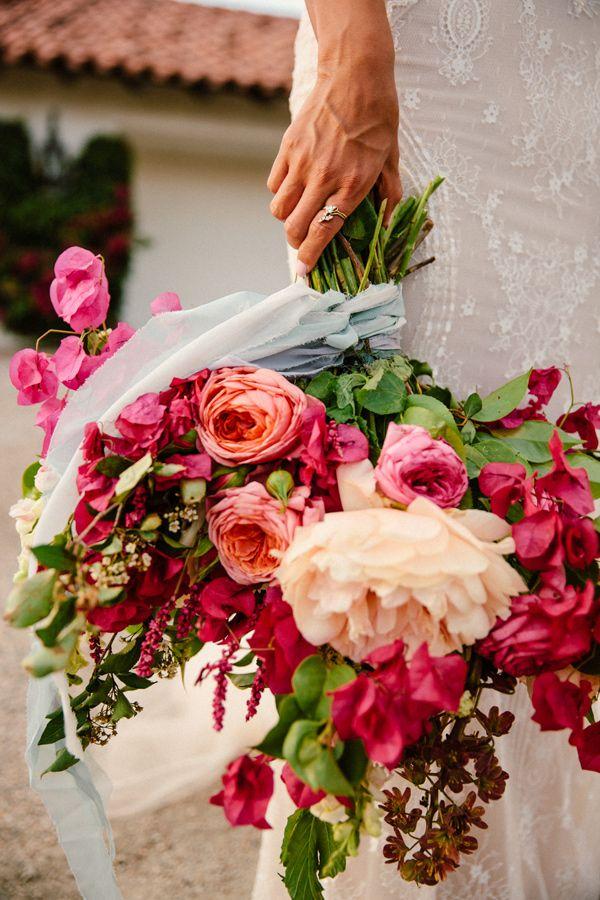 fuchsia and ivory bouquet - photo by The Melideos http://ruffledblog.com/bougainvillea-estate-wedding
