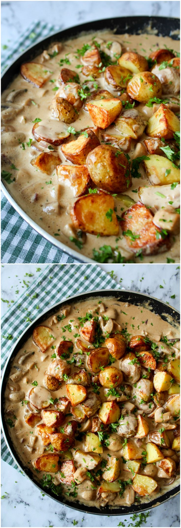 Ovenbaked potatoes in a delicious creamy chicken mushroom sauce!