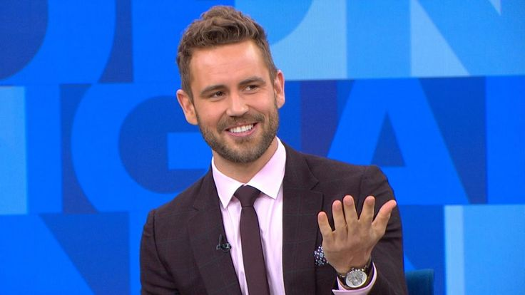 Bachelor Nick Viall Gets Two Surprise Messages