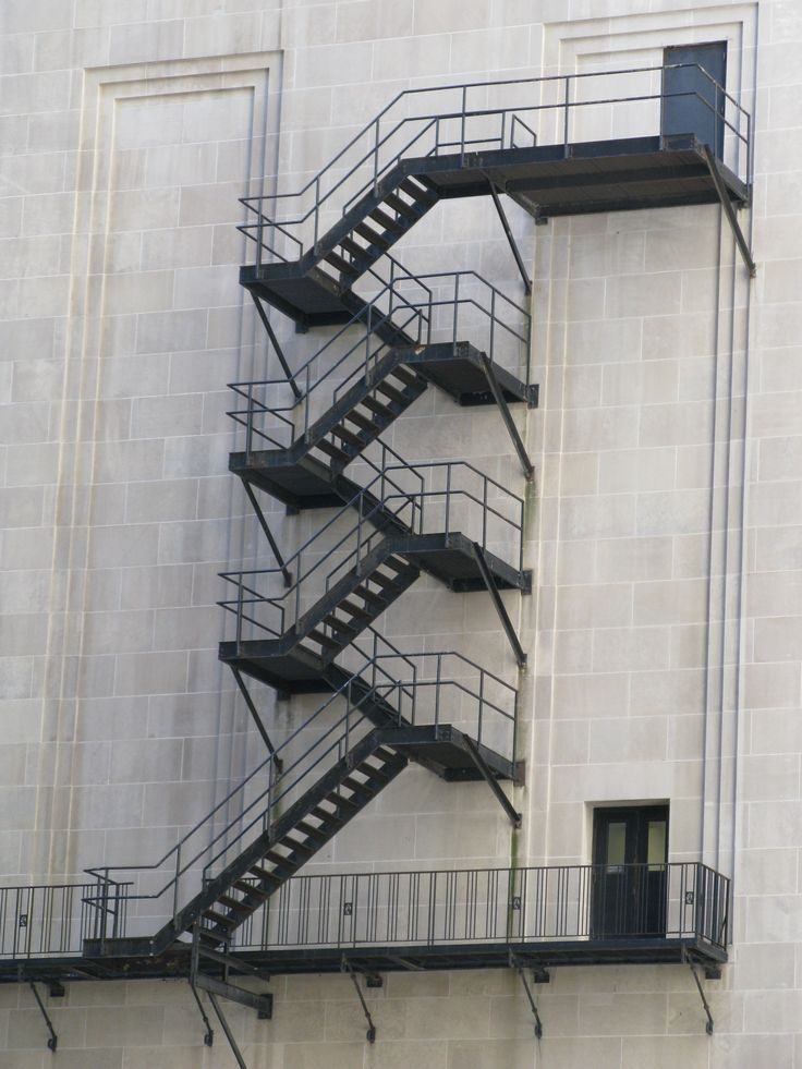 File:Chicago Board of Trade Fire Escape Stairs.jpg