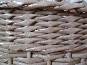 základní vzor:  OPLETEK DVĚMI ....  vidíte i přechod  na pletení třemi ruličkami což se používá pro zvýraznění plastičnosti a přechod na jiný vzor......