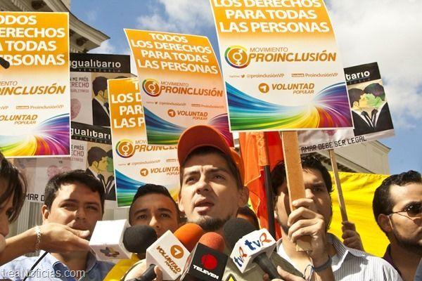 VP abogó por el matrimonio civil de homosexuales ante la Asamblea Nacional - http://www.leanoticias.com/2014/01/31/vp-abogo-por-el-matrimonio-civil-de-homosexuales-ante-la-asamblea-nacional/