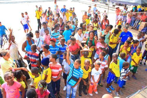 Colombianitos celebró el Día Internacional del Deporte para el Desarrollo y la Paz, en Puerto Tejada #ProclamadelCauca http://www.proclamadelcauca.com/2014/04/colombianitos-celebro-el-dia-internacional-del-deporte-para-el-desarrollo-y-la-paz-en-puerto-tejada.html @B&Y CO @Marco Lucchetta @peaceandsport