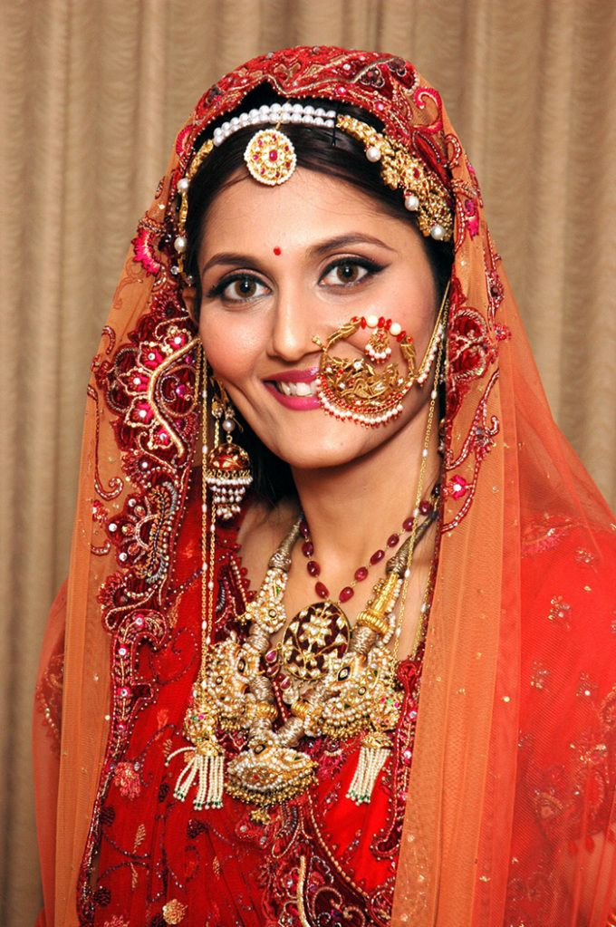 Brilliant Bollywood Actresses With Bridal Jewellery