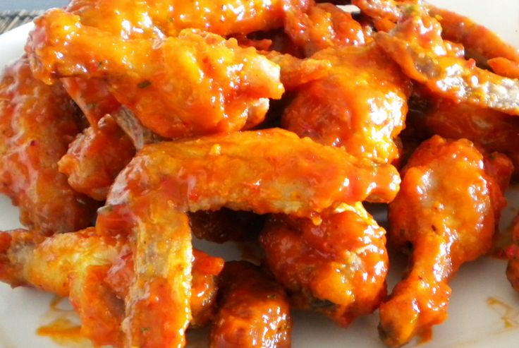 """Buffalo Chicken Wings - Spicy   Buffalo Chicken Wings Just Awesome. Have Them  """" Your Way """"  Sauce for Dipping Or  Right  On,,,, Either Way There Great. I know I know, you are saying, """" it's fattening , but please read the lick below and it just could make your tummy sing."""",,,,,,,,Now Go Ahead And  Try Them ..... :)"""