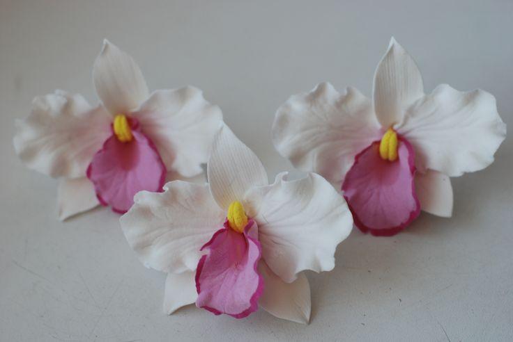 цветы для прически