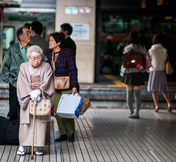 Portraits Candides des Personnes âgées de Tokyo par Lee Chapman (2)