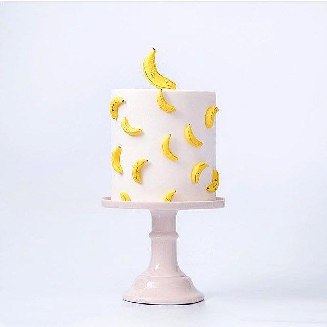 19 best images about banana on pinterest amigos - Banana cake decoration ...