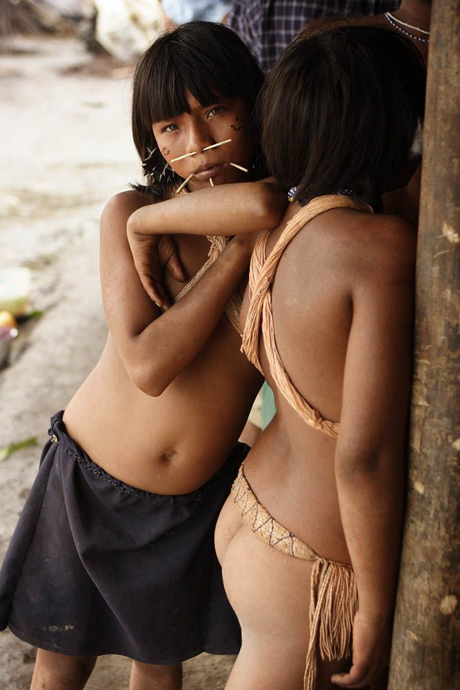 Yanomami Girlsvenezuela  Yanomamikayapo Tribe  Amazon -6743