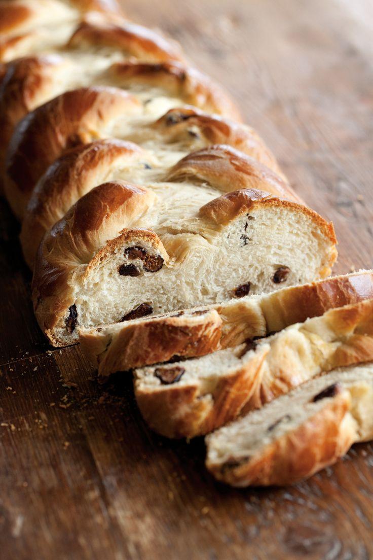 Figgy Cardamom Bread  #Plugra  http://blog.williams-sonoma.com/figgy-cardamom-bread/
