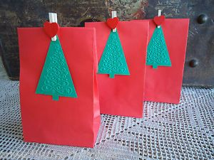 10-Red-Kraft-Lolly-Bags-Christmas-Party-Bags-Lolly-Buffet-Loot-Bags-Tags-Pegs-G5
